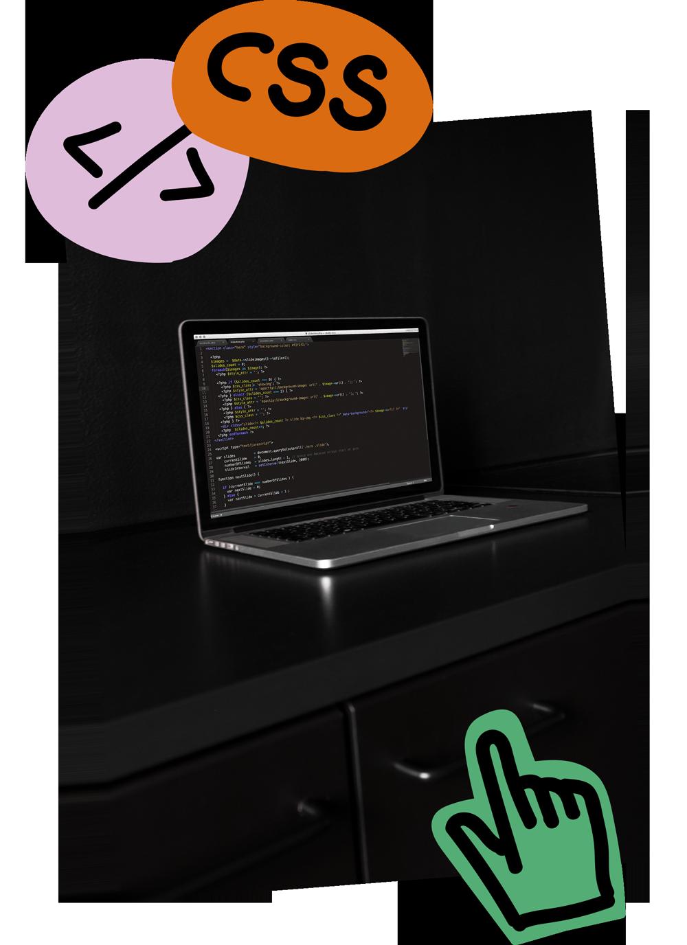 Offener Laptop, Programmier Code einer Webseite auf dem Screen